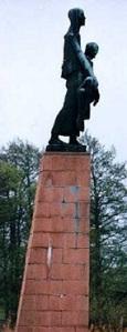 revensbruck-monument