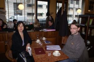 Бйорн Юнгіус і Ребека Харм під час розмови про заробітчан