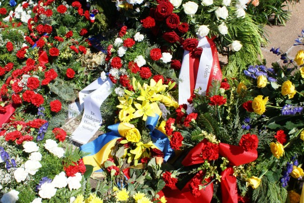 vinok-vid-posolstva-ukrajiny-v-berlini