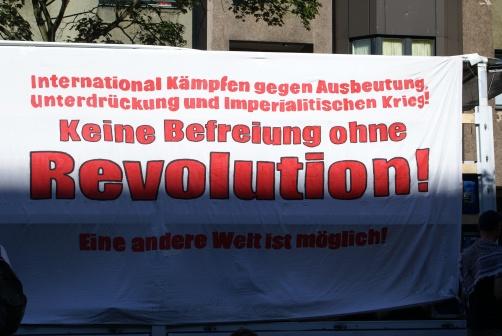 Плакат 1-го травня на вулицях Берліну-Кройцбергу, 2009 рік