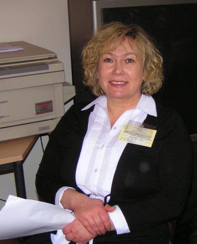 Ірина Деміденко, голова ДВК 62, під час голосування 17.01.2010 року, Берлін