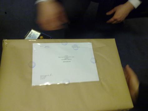 Протоколи голосування виборців ДВК 62 готові до відправки в Україну, Берлін, 18.01.2010 року