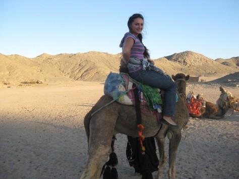 Марина і верблюд, Єгипет, 2011 рік
